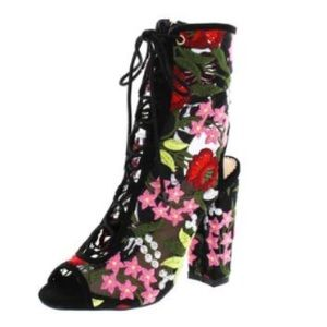 Shoes - FLORAL EMBROIDERED BOOTS